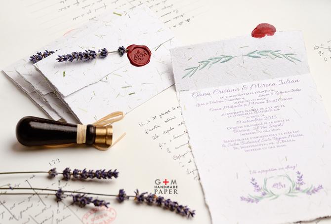Text culoarea violet - culoarea lavandei