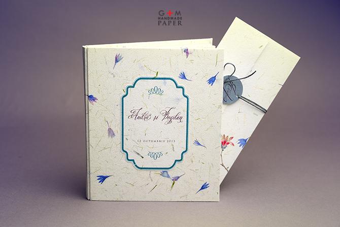 Caiet de impresii si invitatii personalizate