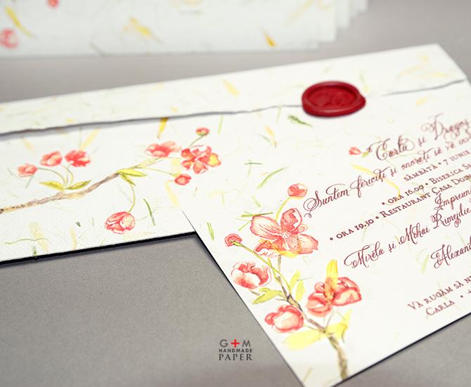 Flori rosii de cires