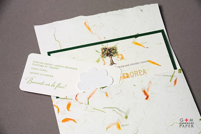 Card plantabil cu flori curgatoare